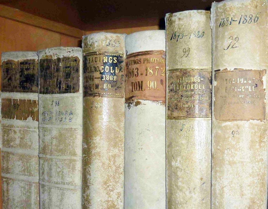 Foto alte Schriftbände